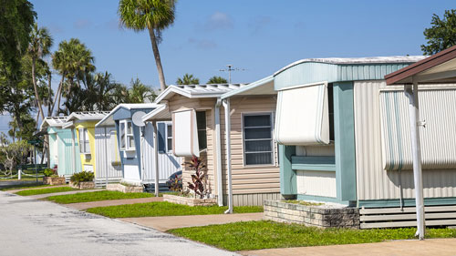 Mobile Home Community, Mantoni Legal helps Mobile Home Park Landlords and Tenants in Disputes